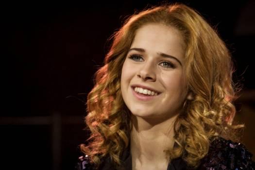 Laura Tesoro представит Бельгию на Евровидении 2016.