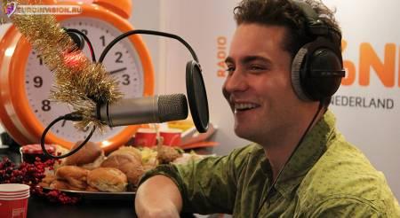 Нидерланды: Douwe Bob презентует конкурсную песню 2 марта.