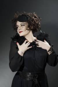 Lisa Angell будет представлять Францию на Евровидении 2015.