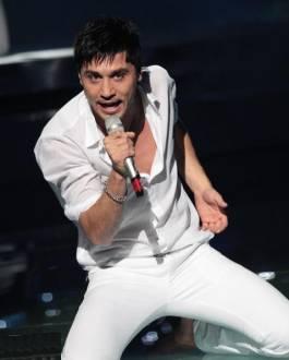 Александр Рыбак перевоплотился в Диму Билана на шоу «Один в Один».