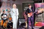 Полина Гагарина и группа Makemakes встретились в Москве.